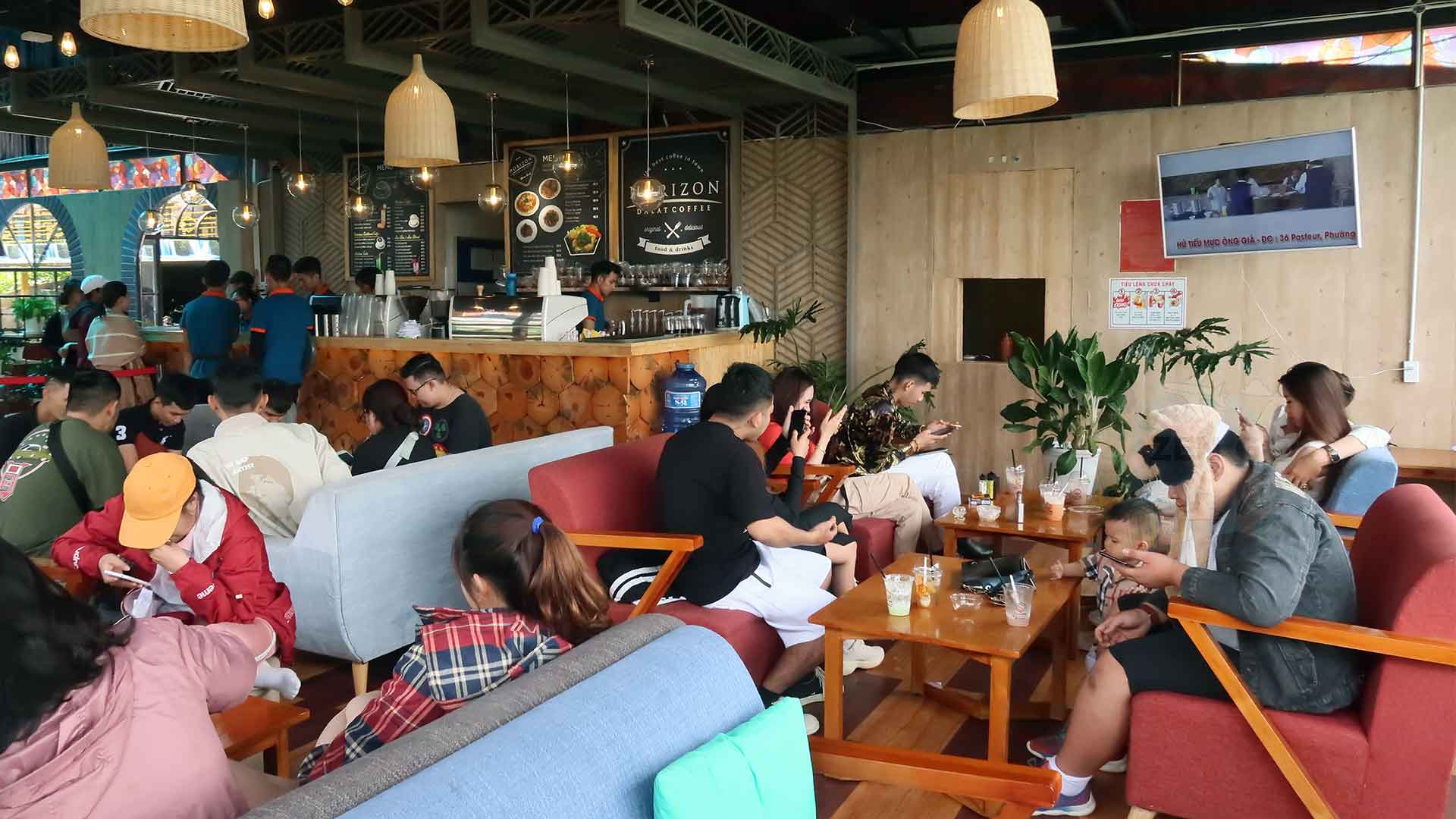 Một góc của quán Horizon Coffee
